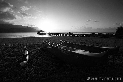 Hanalei Pier with Outrigger Canoe_11