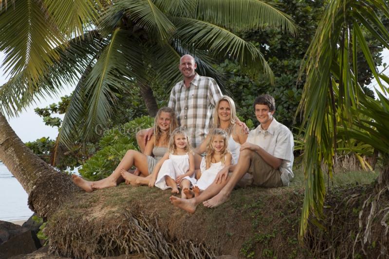Kauai Family Portrait -7111