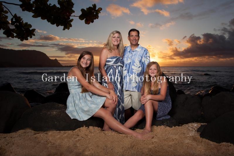 Kauai Family Portrait 5336-edit